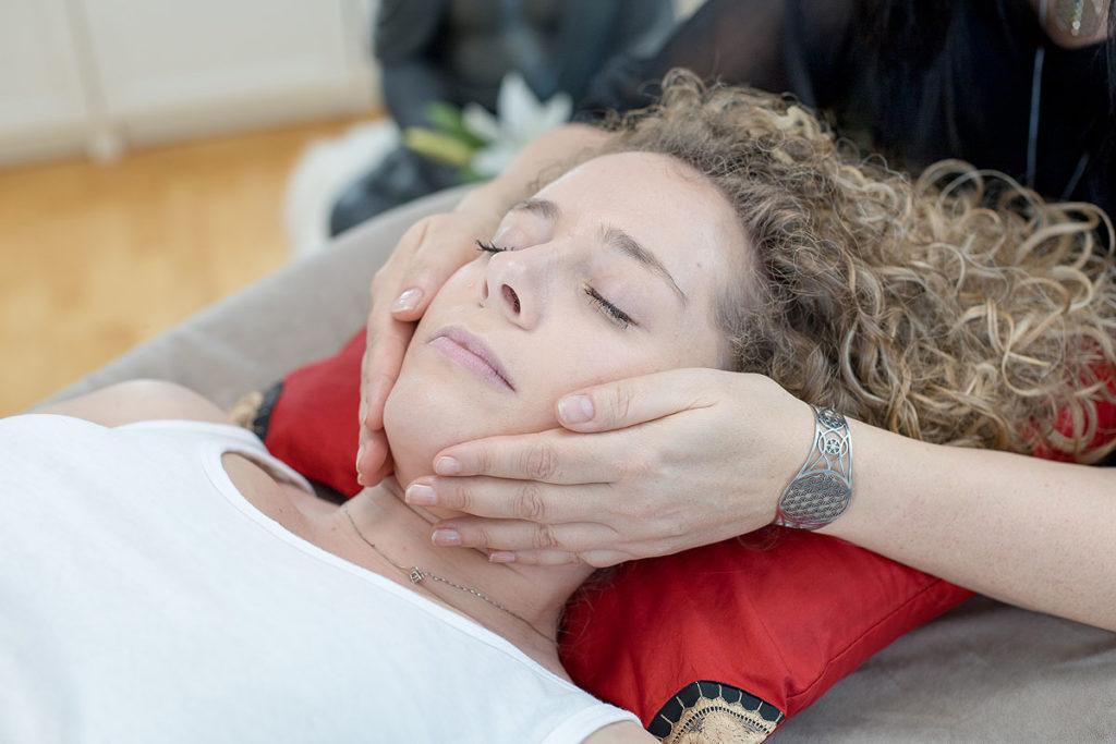 Cranio Sacrale Energiearbeit - Entspannung Unterkiefer