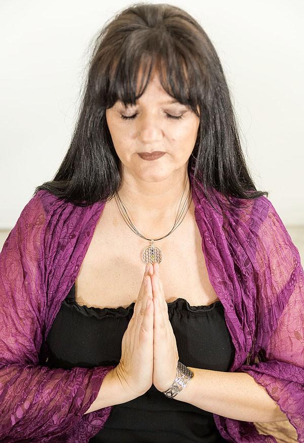 Channeling - Healing - Session - Santarama, Transformationscoach, Spirit Medium, Channelinglehrerin